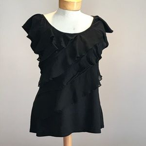 Old Navy black alternating tiered top. Size large
